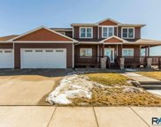 8008 S Red Hill Cir, Sioux Falls image