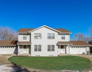 18980 Emerald Dr, Brookfield image