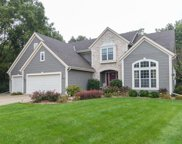 12815 W Peachtree Dr, New Berlin image