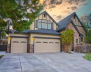 689 NW Powell Butte, Bend image