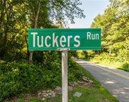 13 Tuckers  Run, Ledyard image