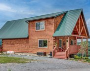 3290 Lonesome Pine Way, Sevierville image