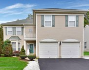 135 Woodcliff Boulevard, Morganville image