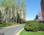 5225 Pooks Hill   Road Unit #415 SOUTH, Bethesda image