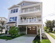 208 N 35th Ave, Longport image