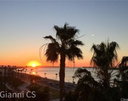 25     15th Place   802, Long Beach image