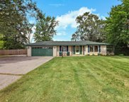 S76W14180 McShane Dr, Muskego image
