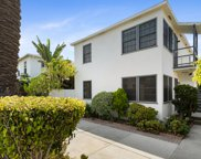 658  Westminster Ave, Venice image