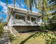 726-728 Kingsmere Crescent Sw, Calgary image