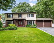 90 Fulton  Blvd, Commack image