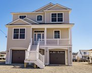 16 Virginia Drive, Beach Haven West image