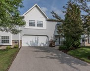 340 Dustin Dr, Brookfield image