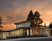 1639 Nw Scott Henry  Place, Bend image