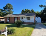 1209 W Roslyn  Road, Colonial Heights image
