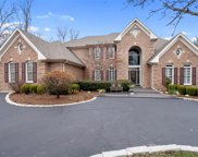 11339 Mosley Forest  Drive, Creve Coeur image