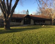 19540 Timberline Dr, Brookfield image