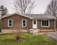 3906 Georgie Way, Crestwood image