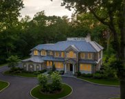 17 Spring Hill  Lane, Old Westbury image