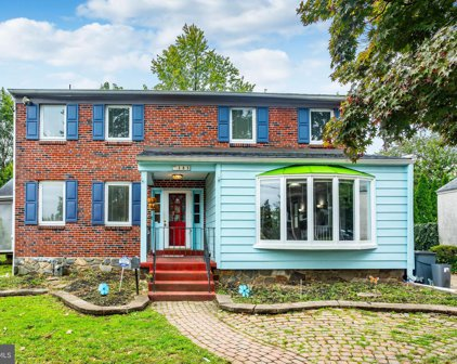105 Maplewood Ave, Upper Darby
