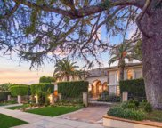 707 North Hillcrest Road, Beverly Hills image