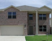 4945 Thorn Hollow Drive, Fort Worth image