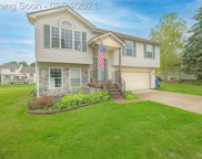 3394 Valley Rise, Holly Vlg image