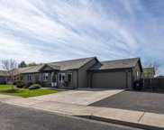852 Nw Spruce  Place, Redmond image