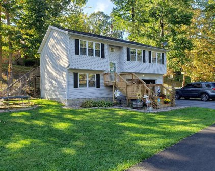 114 Spicewood Hill, Beckley