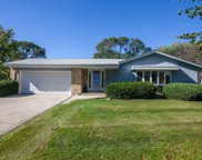 13300 W Sunny View Dr, New Berlin image