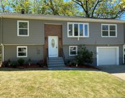 2 Timberland  Drive, West Haven image