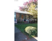 489 W D  ST, Creswell image