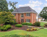 4342 Trotters Way Drive, Snellville image