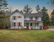 W300N3129 Maple Ave, Delafield image