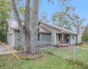 7752 Lakeshore  Road, Whitmore Lake image