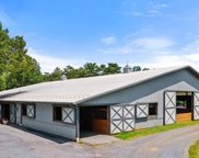 11612 Putnams Mill Rd, Hume image